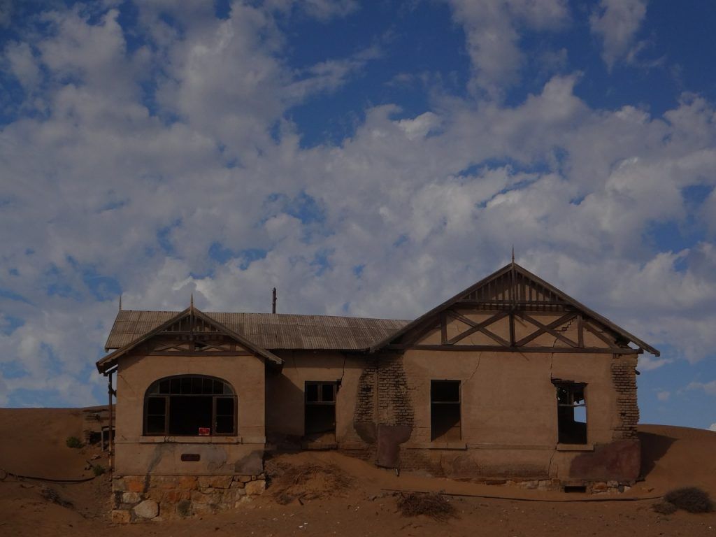 ghost-town-613181_1280-1024x768 10 Incredible Places to Visit in Namibia