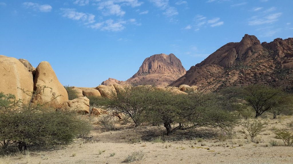 spitzkoppe-938085_1280-1024x576 10 Incredible Places to Visit in Namibia